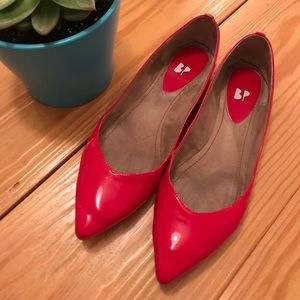 Nordstrom brand size 7 shiny red flats